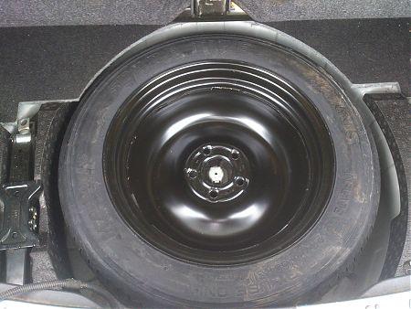 Установка запасного колеса