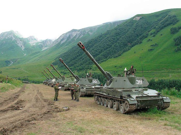 Боевые 152-мм САУ 2С3 «Акация»